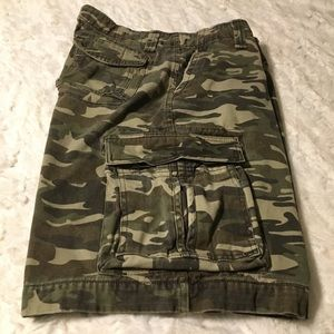 No Boundaries Shorts - Men's camo cargo shorts